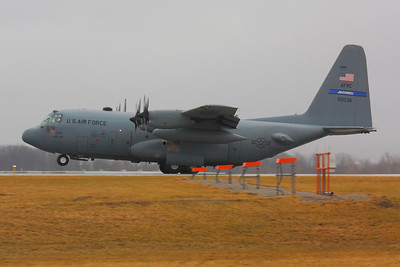 85-0036  Lockheed C-130H Hercules - Landing on CLE 6L!