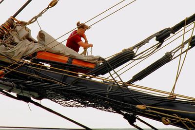 Flagship 'Niagara' - Workin' the Bowsprit while Underway!
