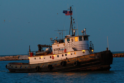 Tug 'Manitou' - At Sunset!
