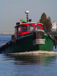 Tug on the River!