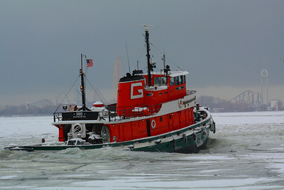The G-Tug 'Ohio' - Clearing the Way on Sandusky Bay!