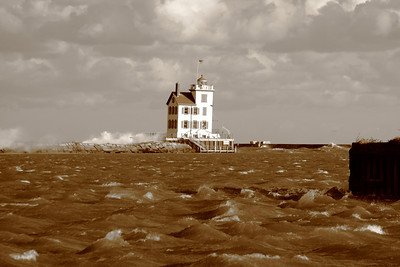 September Gales on Lake Erie!