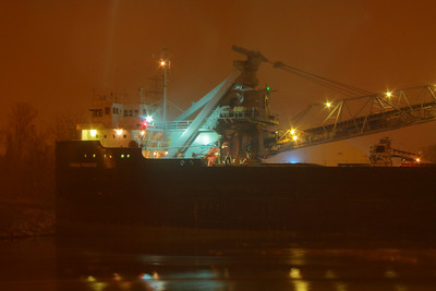 'Canadian Transfer' - Unloading by Night!