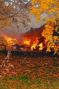 Spiegelberg Orchards - A Structure Burns!