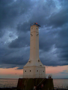 Huron Harbor Light!