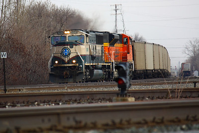 NS 417 powered by BNSF!