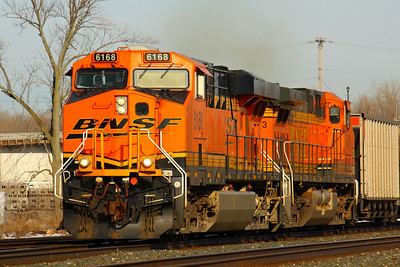 BNSF #6168 - Headed West on the CSX Line in Berea!