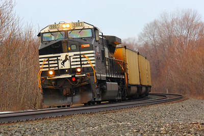 NS #9981 - Zipping by with an Empty Coal Train!