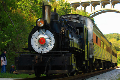 Viscose Company #6 - An 86 yr old Baldwin 0-4-0 Visits the Cuyahoga Valley!  © 2010 Paul L. Csizmadia  All Rights Reserved  No Use Allowed without Permission