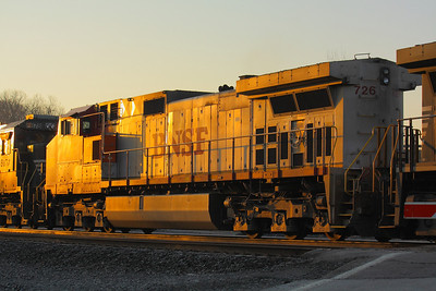 BNSF #726 - In the Glow of the Morning Sun!