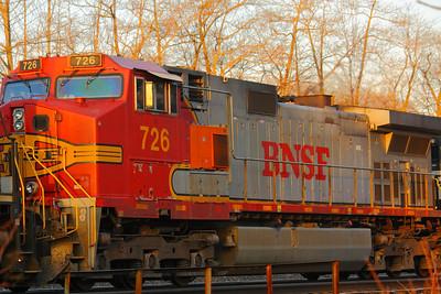 BNSF #726 - A BNSF 'Warbonnet'!
