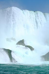 Niagara - The Thundering Mist!
