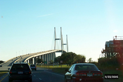 Sidney Lanier Bridge - Approach