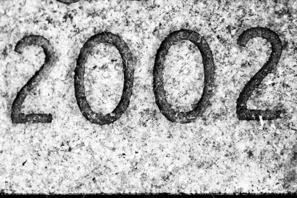 H2002