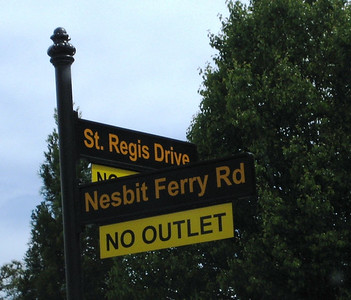 St  Regis Community