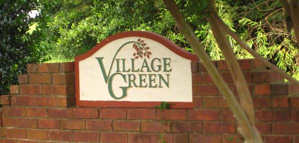 Village Green-Alpharetta Neighborhood (4)