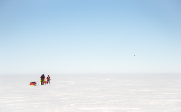 Carl Alvey and Emma Kelty on the way to South Pole, Antarctica