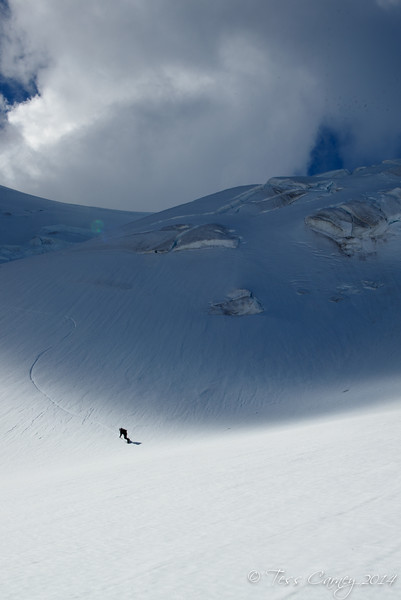 Dylan carving down from the Neish Plateau