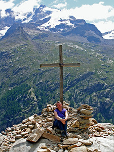 The Croix de l'Arolley.  At 2310m on the west side of the Valsavarenche, with the Gran Paradiso in the background.  11.25am, 26/07/10