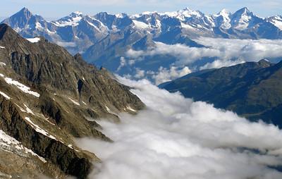 Oberland peaks.  9.20am, 07/08/12