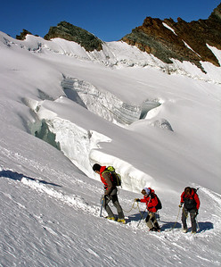 Some impressive crevasses.  10.10am, 07/08/12