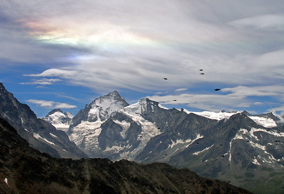 Iridescent cloud over the Dent Blanche.  1.50pm, 30/07/12