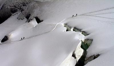 The Allalinhorn track. The snow bridge seems pretty solid . . .   1.10pm, 08/08/12