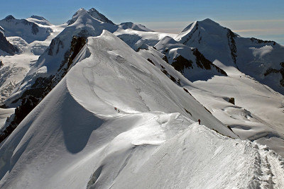 The arête leading to the Breithorn central summit.  10am, 20/08/13
