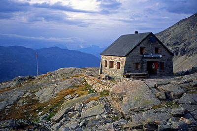 Bordierhütte (SAC), 2886m.  7pm, 25/08/03