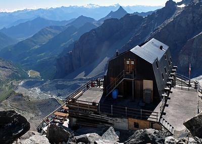 Val d'Ayas Guides' Hut (CAI), 3420m.  4.30pm, 20/08/13