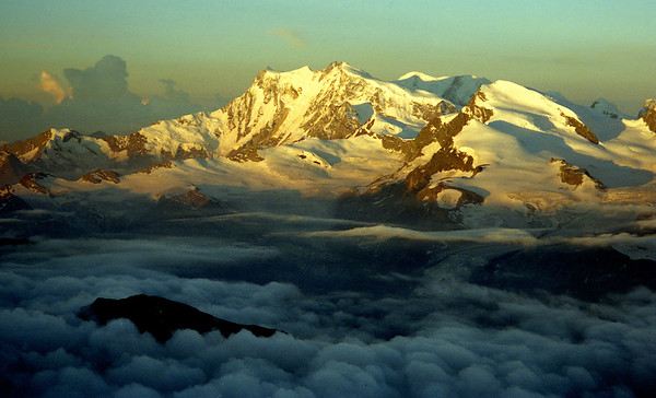 Monte Rosa at dawn, from the S ridge of the Weissmies.<br /> <br /> 6am, 12/8/00