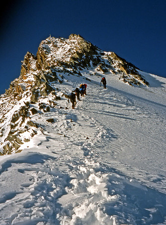 The disappointingly scrappy upper part of the Nadelhorn NE ridge.<br /> <br /> 9.30am, 2/9/03