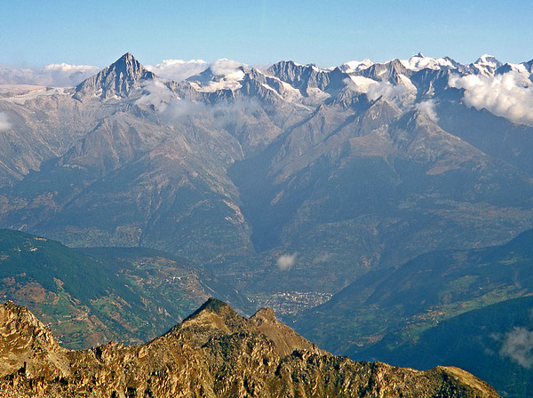From the Gross Bigerhorn, looking across the Rhône Valley to the Oberland.<br /> <br /> 9am, 26/8/03