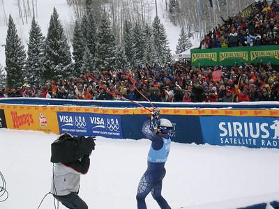 Daron Rahlves celebrates his winning downhill run (Dec. 2)