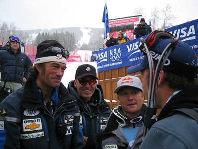 (l to r) DH/SG Coach John McBride, Men's Head Coach Phil McNichol, Daron Rahlves and Bode Miller review the downhill race (Dec. 2)