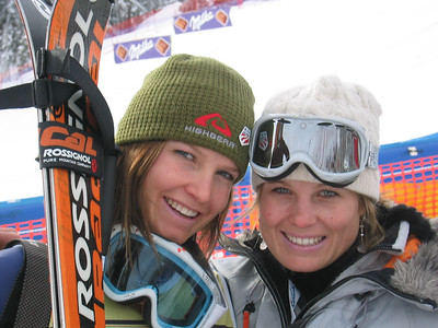 Julia Mancuso poses with her older sister April before going to the award presentation at Cortina's downhill (Jan. 28, 2006)