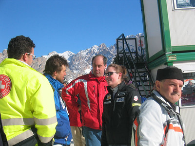 Vail's Lindsey Kildow discussed her training run with Italy's Kristian Ghedina (Jan. 24, 2006)