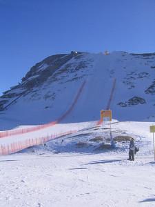 The steep downhill start at Zauchensee (credit: USSA)