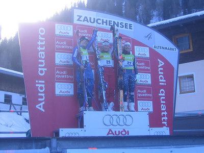 The women's downhill podium (l-r) Dominique Grisin, Renate Goetschl and Julia Mancuso (credit: USSA)