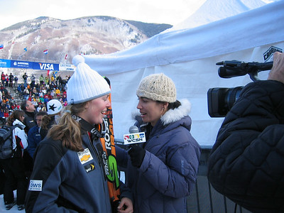 1994 Olympian turned commentator for WCSN Carrie Sheinberg talks with Lindsey Kildow (Vail, CO) following the SL at the Sirius Satellite Radio Aspen Winternational (Nov. 26)
