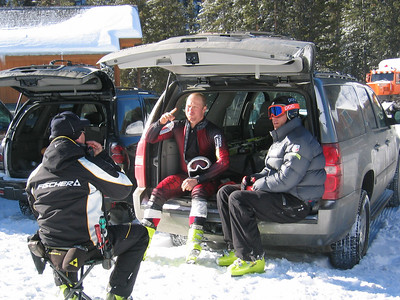 JJ Johnson and Steven Nyman discuss training with their Fischer technician while the Team trains at Keystone Resort.
