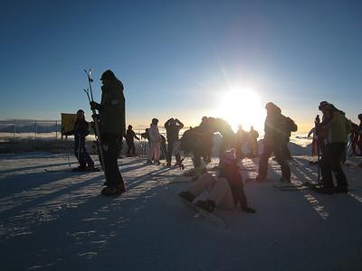 Fans arrive early as the sun rises over the Rettenbach Glacier (credit: Doug Haney/U.S, Ski Team)