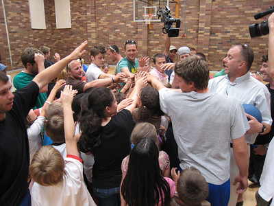 Hooray! A big cheer for a fun game of dodgeball at the Sugarhouse Boys & Girls Club in Salt Lake City (July 23, 2007). Photo credit: Juliann Fritz/USSA