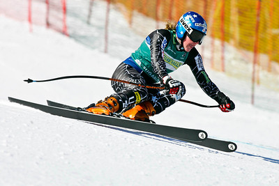 Stacey Cook wins the women's super G at the Nature Valley U.S. Alpine Championships, Sugarloaf/USA, Maine. Photo © Kris Dobie.  Most Images in this gallery may be used only for editorial use with advance approval by USSA. Photos © Kris Dobie.