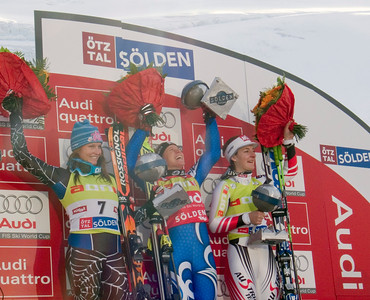 Julia Mancuso (left) was second in the opening Audi FIS Ski World Cup, in Soelden, Austria