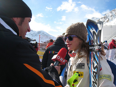 Resi Stigler chats with ORF at the World Championships - her first race back since Dec. 2007 (Doug Haney/U.S. Ski Team)