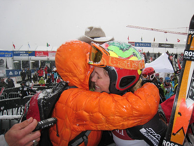 Sarah Schleper gets a hug from her step-mom Lynn after finishing 17th in giant slalom at the Aspen Winternational.  Photo: Doug Haney/U.S. Ski Team