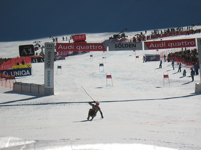 Ted Ligety wheelies through the finish after taking third in the opening World Cup giant slalom in Soelden.   2009 Audi FIS Alpine World Cup Solden, Austria Photo: Doug Haney/U.S. Ski Team