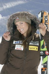 Julia Mancuso 2009-10 U.S. Alpine Ski Team  Photo © Brian Robb