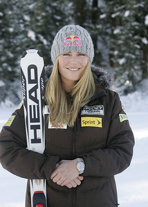 Lindsey Vonn 2009-10 U.S. Alpine Ski Team  Photo © Brian Robb